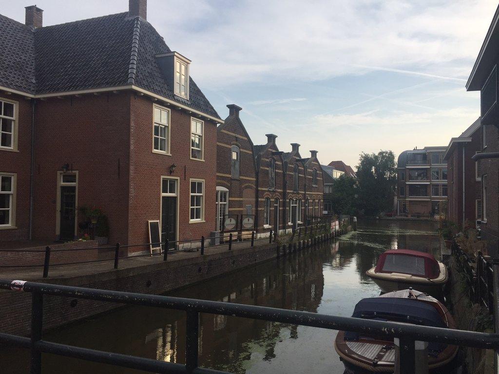 Alphen aan den Rijn  Julianastraat 2A – Hoofdfoto